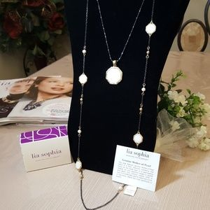 2 Lia Mother Pearl Necklaces In One & Magic Clasp!